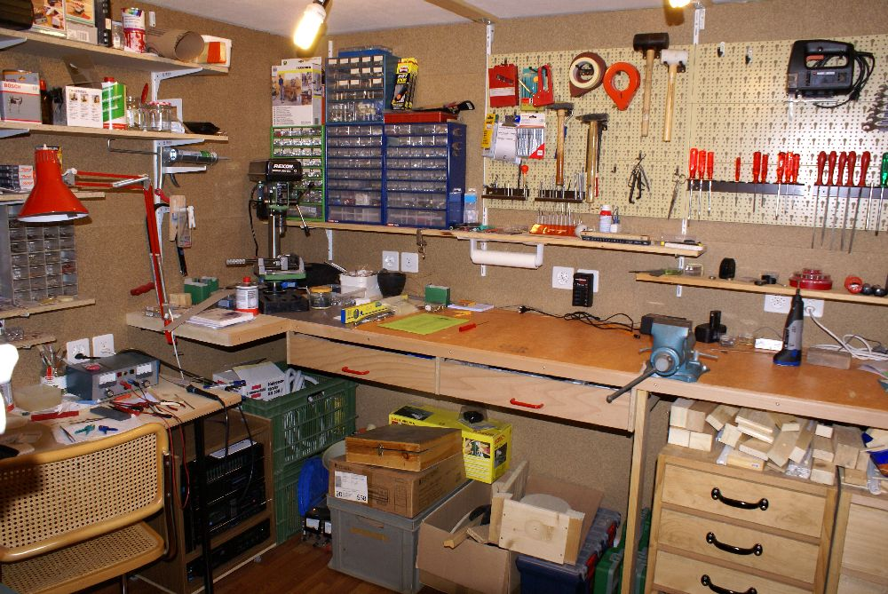 werkbank wand industrie werkzeuge. Black Bedroom Furniture Sets. Home Design Ideas